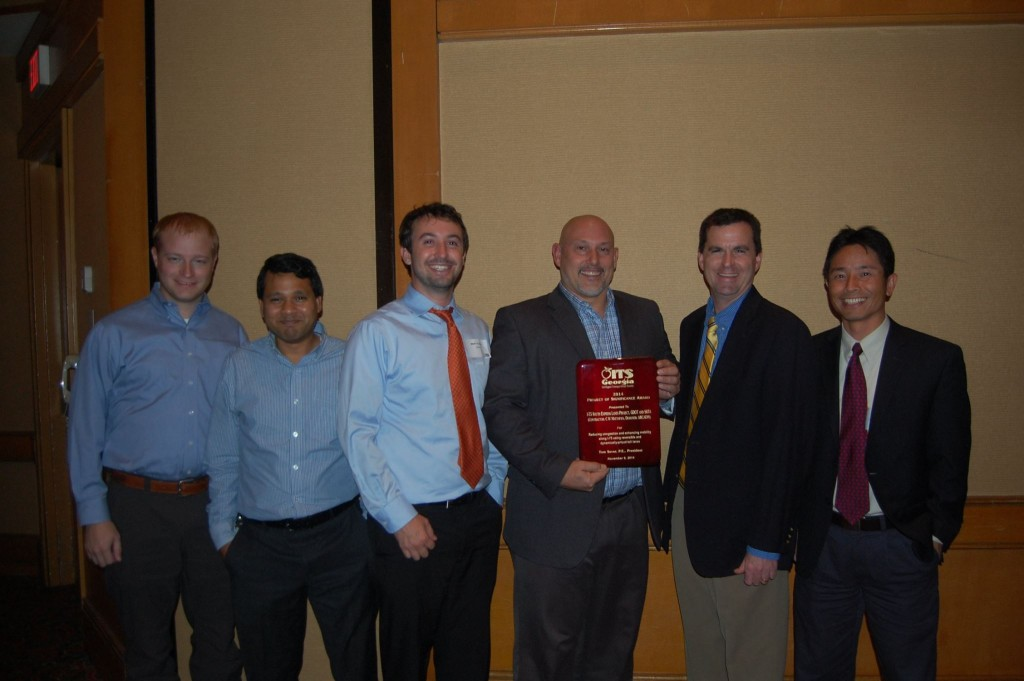 ITS Georgia President Tom Sever (second from right) presents the 2014 Project of Significance Award to Bill Gunter, Shubhendu Mohanty, Matt Glasser, Mark Demidovich, Xuewen Le.